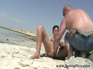 shameless wife finger banged at the seaside