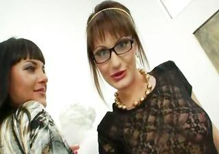 bizarre lesbo sweethearts dildoing ass holes