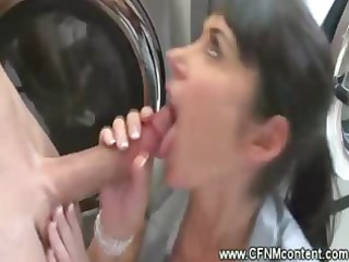 cfnm woman gullet on cock at the laundry