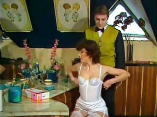 classic sex clip of a milf in clean bikini