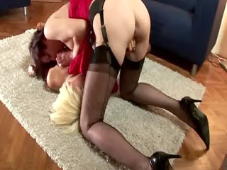 mature slut takes that dike butt black by