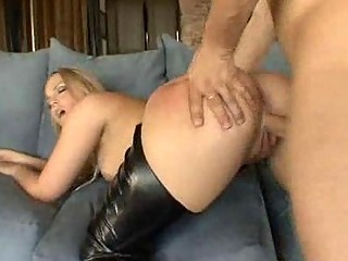 albino mature babe into busty shoes screws her