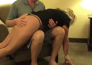 hawt blonde middle-aged wench gets her arse
