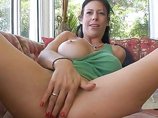 curvy milf loves tough fuck
