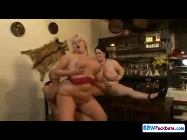 bbw cougar group fuck