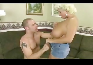 aged busty mom receives pounded