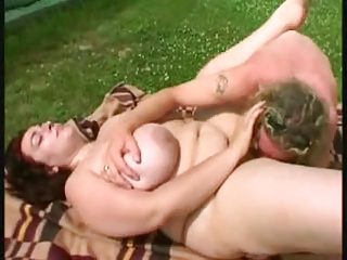 heavy mommy at the tennis court (bbw)