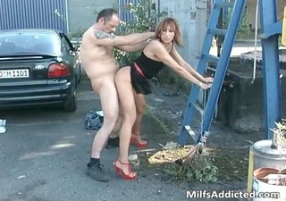 outdoor session with perverted dark brown milf