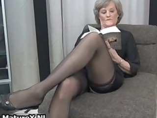grown-up woman into hot black stockings part5