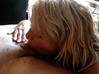 woman deepthroats