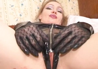 russian mama clothed in latex gets a wang in