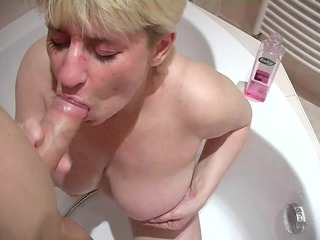 horny mature wide licks a chubby dick